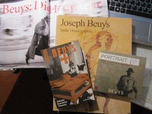 """Meine Beuys """"Büchersammlung"""" - Foto von Susanne Haun"""