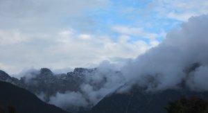 Die Berge auf dem Weg von Imst nach Innsbruck - Foto von Susanne Haun aus dem Auto heraus
