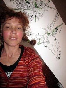 Größenvergleich - ich und der Hirsch auf der Rolle - Selbstfoto von Susanne Hsun