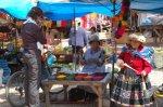 Claudia kauft Farben für mich - Foto von Wiebe