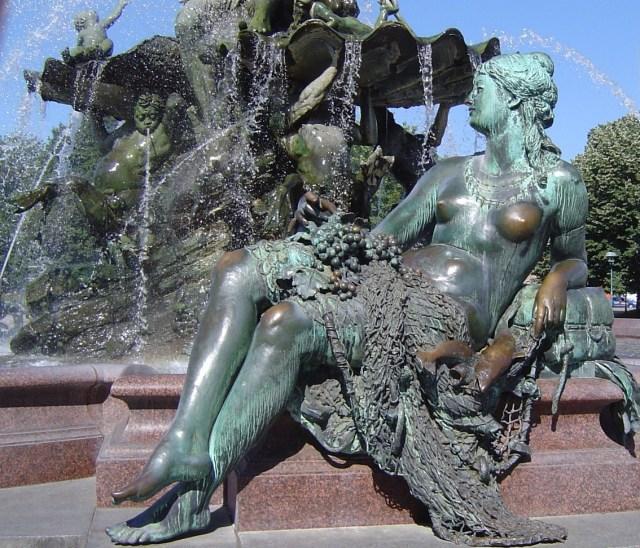 Neptunbrunnen Berlin 2004 - Foto von Susanne Haun