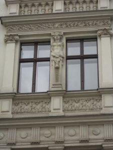 Ich mag die Säulenträgerinnen immer besonders - Foto von Susanne Haun