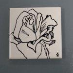Rose - Zeichnung auf Keramik von Susanne Haun - 10 x 10 cm