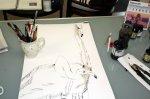 Ich beschere das Papier, damit es mir nicht vom Schreibtisch rutscht - Foto von Susanne Haun