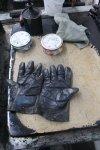 Auch mit Handschuhen schaffe ich es nicht, saubere Finger zu behalten - Foto von Susanne Haun