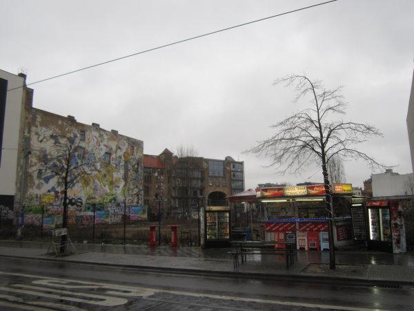 Die Rückseite des Tacheles - Berlin Oranienburger Straße - Foto von Susanne Haun