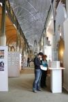 Hängen in der Humbold Bibliothek (c) Fotos von Christiane Weidner