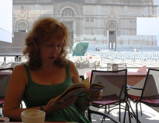 Pause auf dem Piazza Maggiore (c) Foto von Julian Haun