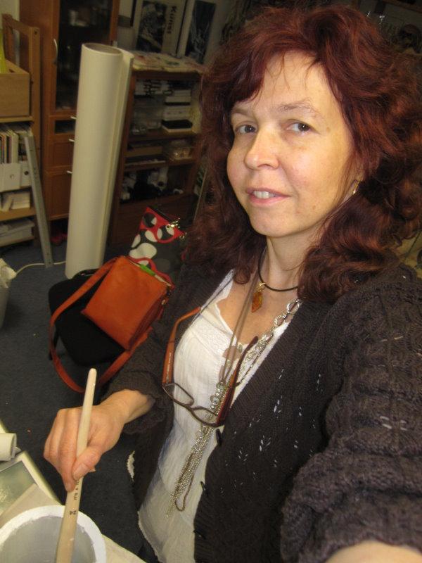 Seht ihr im Hintergrund das Papier auf der Rolle (c) Foto von Susanne Haun