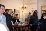 Ausstellungseröffnung Museum Steglitz - viele Menschen sind gekommen (c) Foto von Susanne Haun