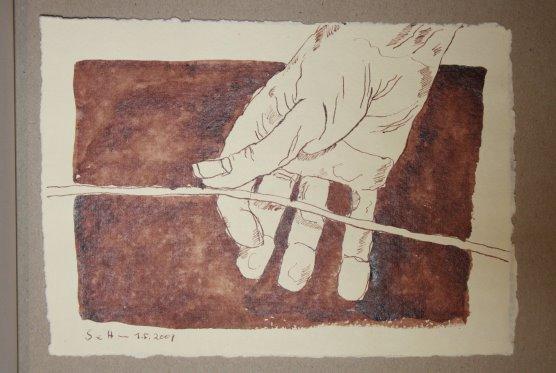 12 Behutsam zwischen Daumen und Zeigefinger (c) Zeichnung von Susanne Haun