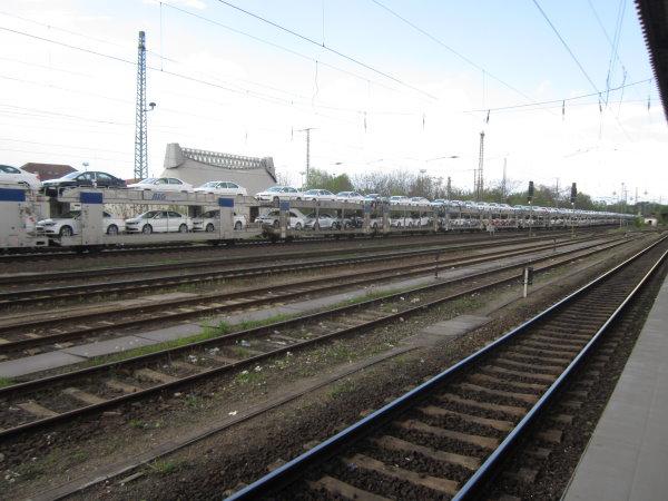 Autos wohin man sieht links (c) Foto von Susanne Haun