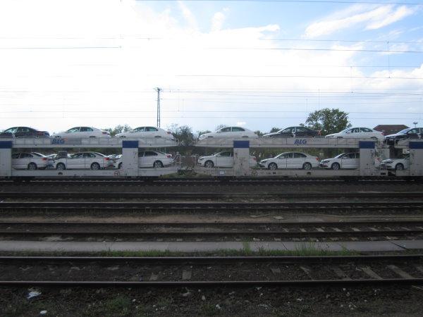 Autos wohin man sieht in der Mitte (c) Foto von Susanne Haun