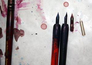 Mein Werkzeug - die Zeichenfeder (c) Foto von Susanne Haun