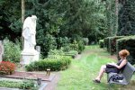 Die erst Pause auf dem Melatenfriedhof (c) Foto von Gabi