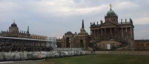 Das Neue Palais in Potsdam mit den Figuren (c) Foto von Susanne Haun