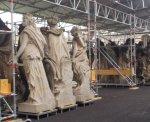 Auch ein schöner Rücken kann entzücken - Figuren im Neuen Palais in Potsdam (c) Foto von Susanne Haun