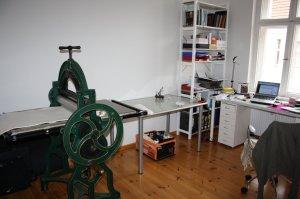 Mein aufgeräumter, leerer Zeichentisch (c) Foto von Susanne Haun