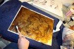 Reinigung der Zinkplatte vom Abdecklack (c) Foto von Susanne Haun