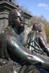 Detail des Schillerdenkmals im Schillerpark (c) Foto von Susanne Haun