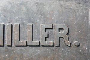 Schrift auf dem Schillerdenkmal im Schillerpark (c) Foto von Susanne Haun