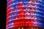 Der Torre Agbar mit nächtlicher Beleuchtung (c) Foto von Susanne Haun