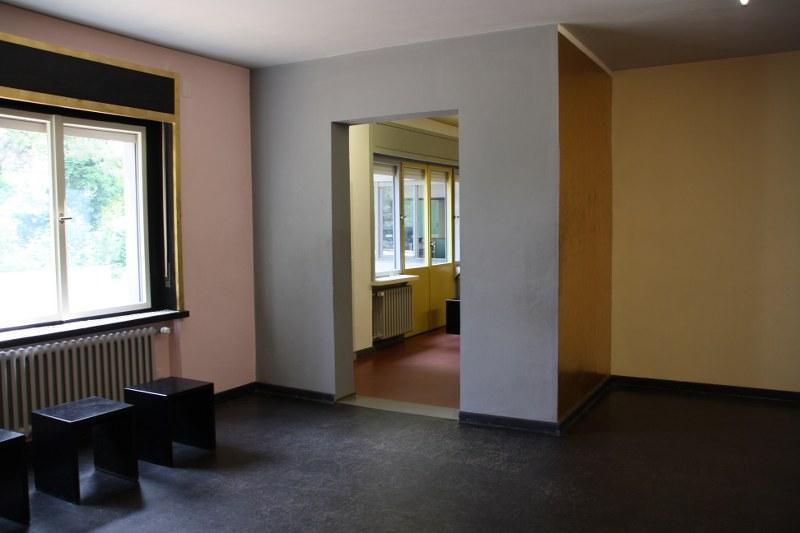 das bauhaus in dessau tip von susanne haun susanne haun. Black Bedroom Furniture Sets. Home Design Ideas