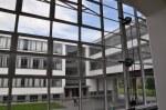 Der Blick auf den Verbindungsgang im Bauhausgebäude (c) Foto von M.Fanke