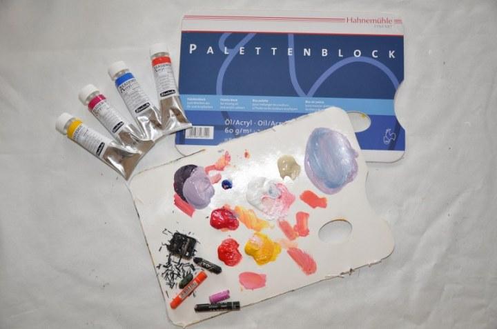 Material Ölkreide und Acryl mit Abziehpalette (c) (c) Foto von M.Fanke