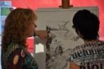 Vor der Ausstellung im Gespräch mit der Galeristin Cindy Höpner (c) Foto von M.Fanke