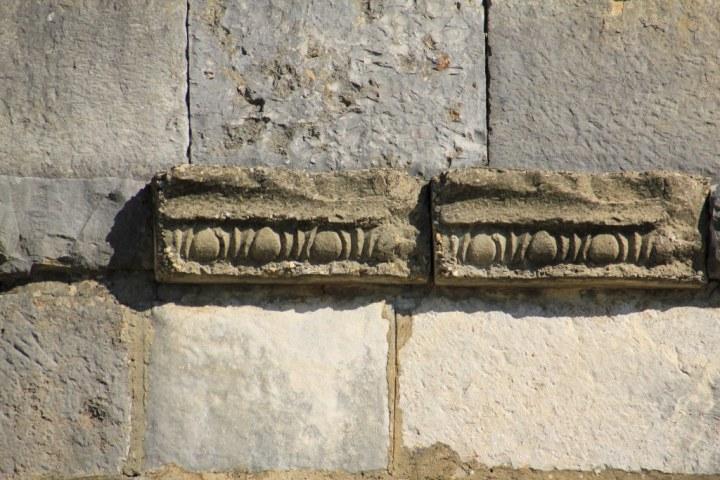 Gesims der Basilika in Volubilis (c) Foto von Susanne Haun