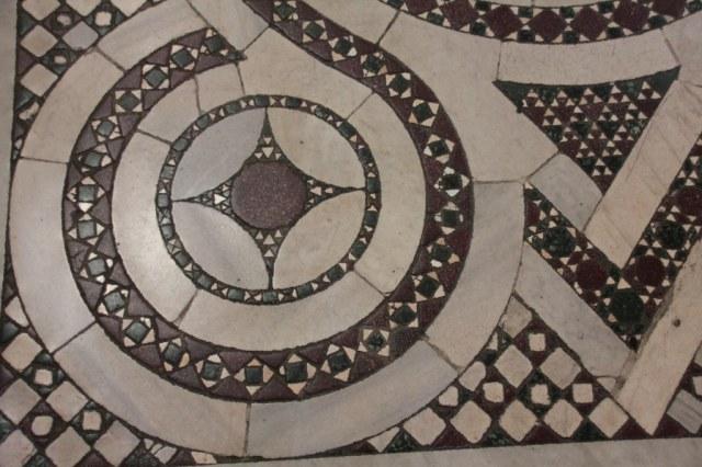 Mosaikboden in der Santa Maria Maggiore (c) Foto von Susanne Haun