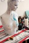 Torso mit Kopf - Objekt von Susanne Haun