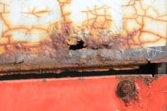 Strukturen des roten Treckers (c) Foto von Susanne Haun