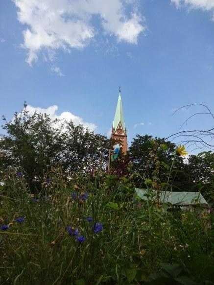 Die Nazarethkirche in Berlin Wedding vom Himmelbeet aus gesehen (c) Foto von Susanne Haun