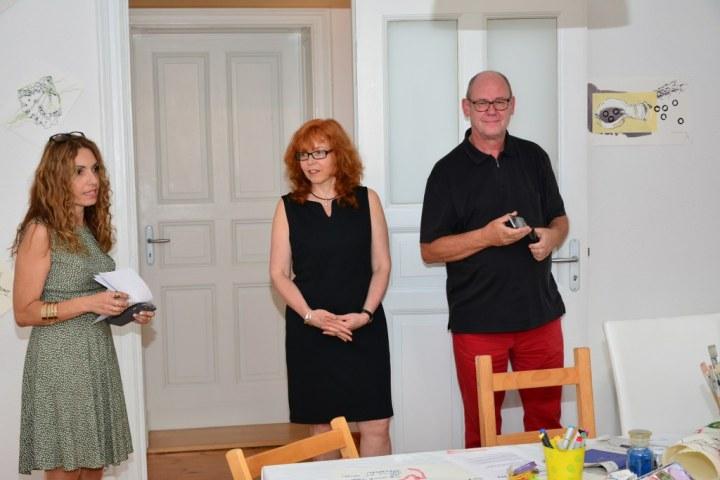 Impressionen von der Ausstellung Wegschütten Cristina Wiedebusch Susanne Haun Jürgen Küster (c) Foto von M.Fanke