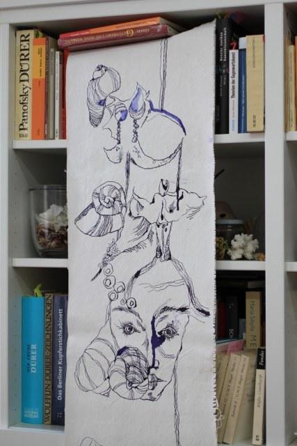 Mein Weg zwischen Künstlerin und Kunsthistorikerin - 144 x 33 cm -Zeichnung auf Leinwand (c) Foto von Susanne Haun