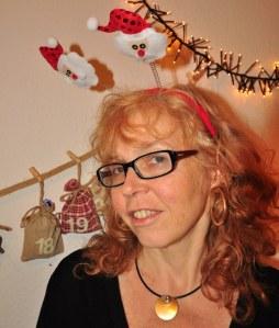 Zeichnerin Susanne Haun wünscht frohe Weihnachten (c) Foto von M.Fanke