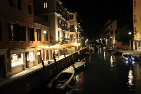 12 Venedig - es wird dunkel - Heimatkanal (c) Foto von Susanne Haun