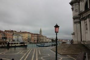 2b Vorplatz der Santa Maria della Salute (c) Foto von M.Fanke