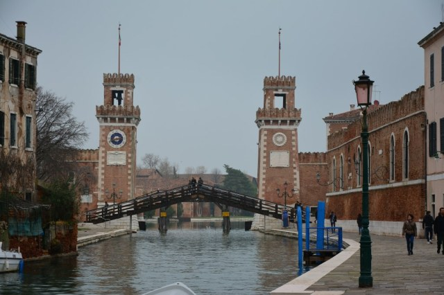 1 Einfahrt des alten venezianischen Hafen Arsenal (c) Foto von Michael Fanke