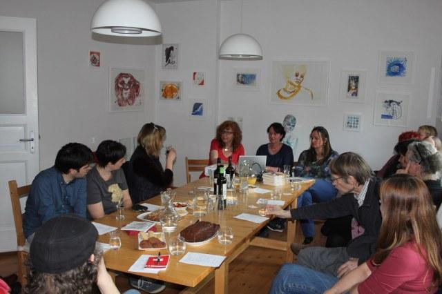 Kunstsalon am Dienstag zum Thema verschollene Generation (c) Foto von Susanne Haun