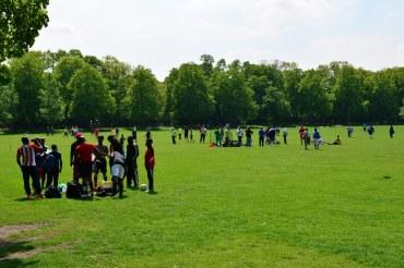 Die große Wiese im Schillerpark Berlin Wedding (c) Foto von M.Fanke