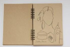 Selbstportrait mit Kreide im Badezimmerspiegel (c) Zeichnung von Susanne Haun