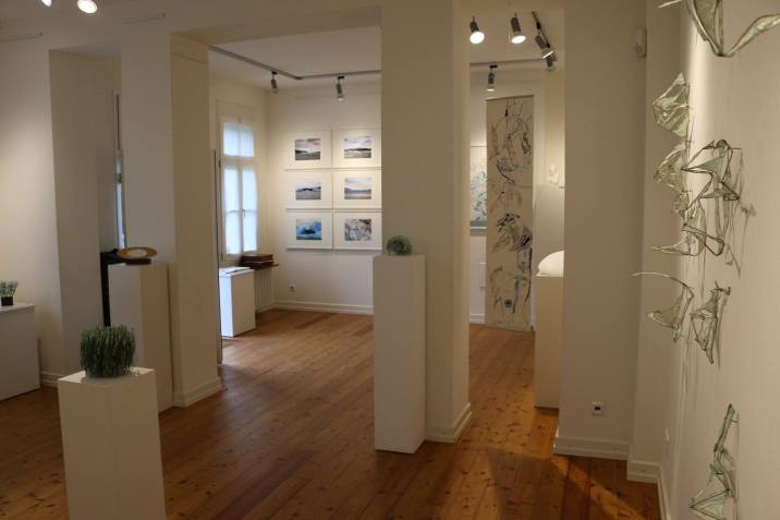 Ausstellungsansicht Kulturbahnhof Nettersheim Eiswelten - Susanne Haun - Dirk Fiege - Roswitha Mecke - Sabine Jacobs (c) Dirk Fiege