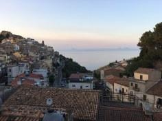 Erster Ausblick vom Balkon aus dem Apartement in Caronia (c) Foto von Susanne Haun