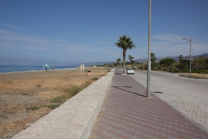 Strandleben in Acquedolci (c) Foto von Susanne Haun
