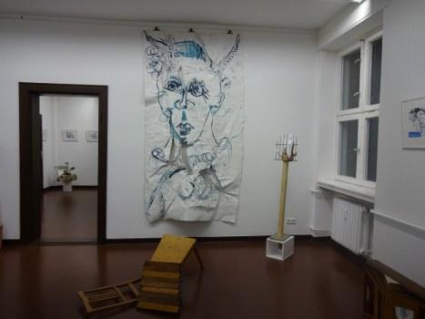 Ausstellungsansicht Querbrüche - Zeichnungen von Susanne Haun und Objekte von Gabriele D.R.Guenther (c) Foto von M.Fanke (7)