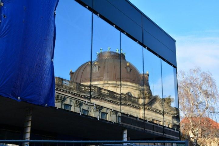 Spiegelung des Bodemuseums (c) Foto von M.Fanke
