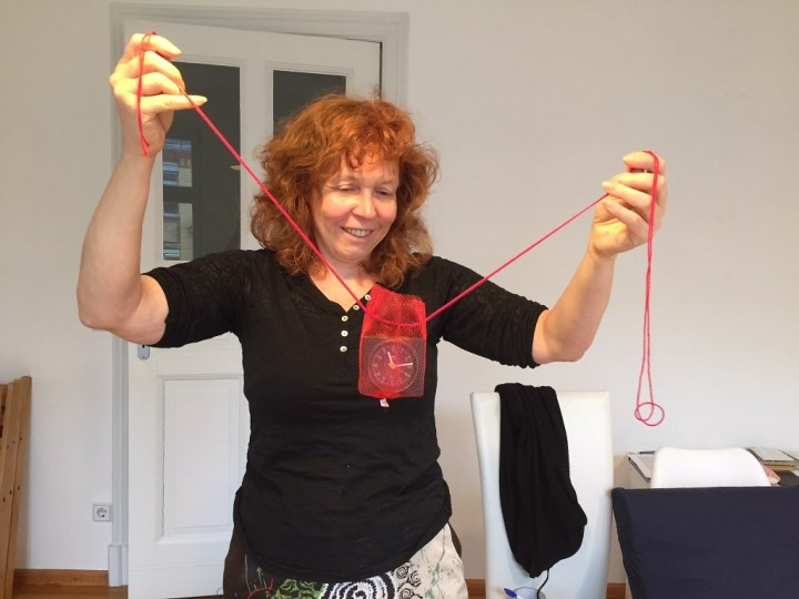 Aufbau der Installation Künstlerischer Umgang mit Erinnerungen von (c) Doreen Trittel und Susanne Haun